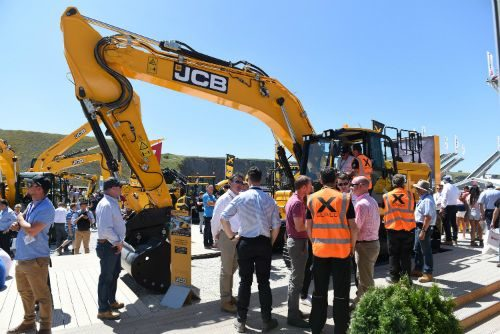 Topcon and JCB Collaborate on 3D Machine Control Excavation Options